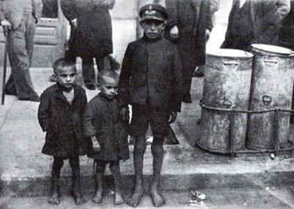 Φωτογραφίες από την πείνα στην αθήνα
